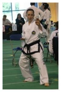 Tamzin Goodwin competing